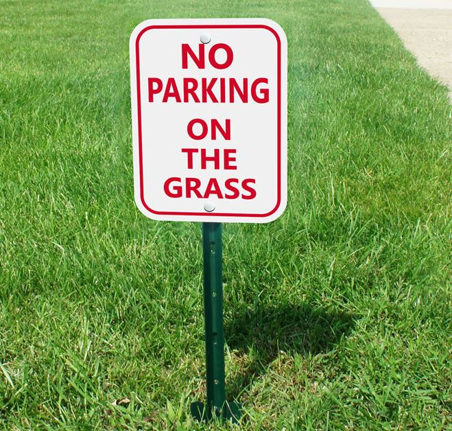 do not park on the lawn sign